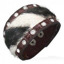 Leather bangle with black-white fur and zircons