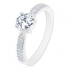 925 silver ring, round zircon in clear colour in mount, zircons on shoulders