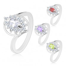 Ring with shiny shoulders in silver colour, cut grain zircon, clear border