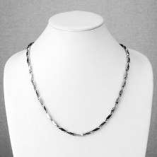 Surgical steel chain, angular elements with pattern of Greek key