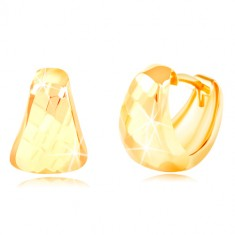 Earrings in yellow 14K gold – rounded triangle with ground surface