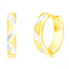 Earrings of 585 gold - zig zag stripes and lines of white gold, sand surface