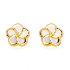 Yellow 14K gold earrings - flower with five petals and natural pearl