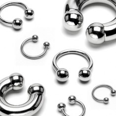 Steel piercing 316L - massive horse-shoe finished with balls, width 10 mm