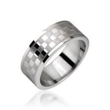 Chessboard pattern steel ring