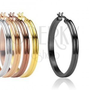 Stainless steel earrings with groove in middle