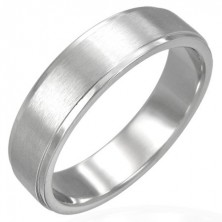Stainless steel ring with matt central part